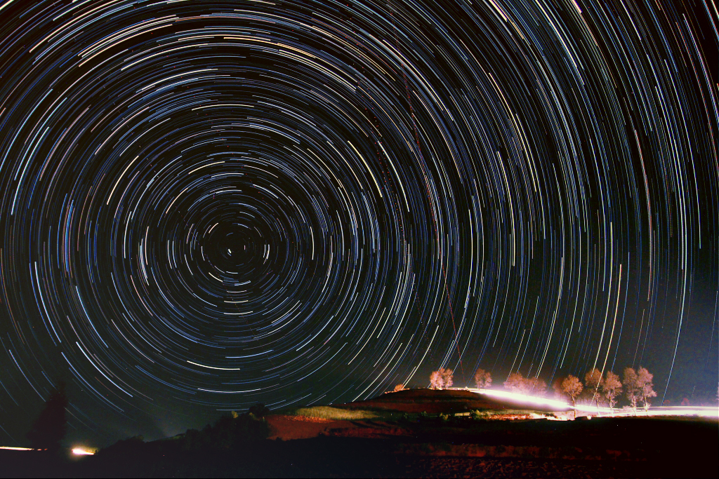 startrails__red_earth_north_pole_1_173.jpg