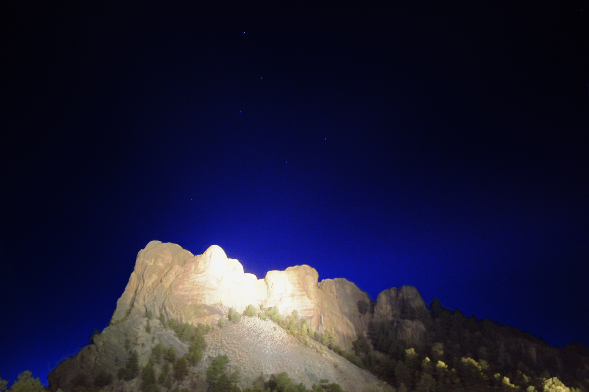 Rushmore-under-ursa-major.jpg